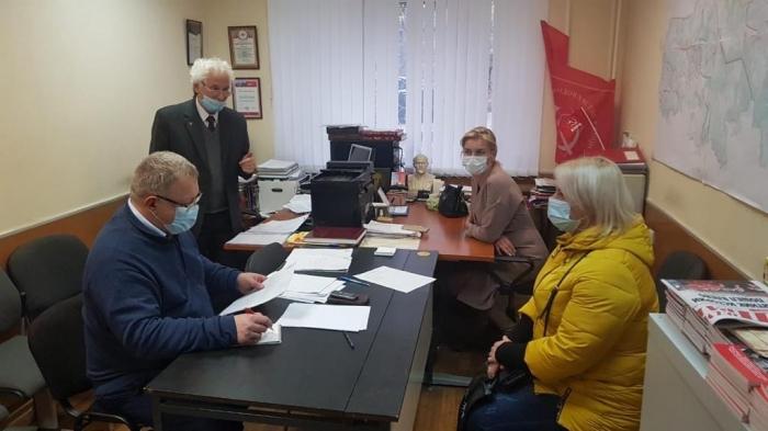 Депутат-коммунист Александр Наумов провёл приём граждан в Ленинском г.о.