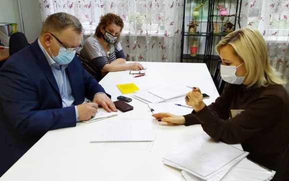 Александр Наумов провел прием граждан в наукограде Пущино