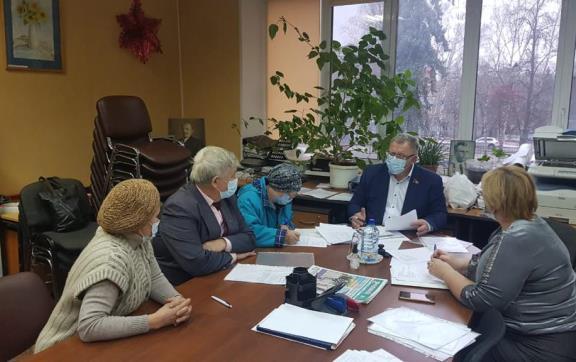 Александр Наумов провел завершающие приемы граждан в 2020 году