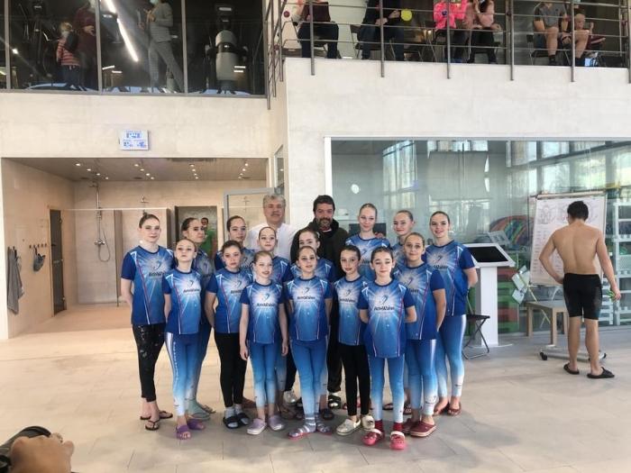 В Совхозе имени Ленина состоялись первые соревнования по водным видам спорта