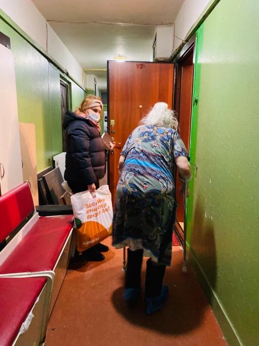 Королёвские коммунисты поздравили жителей с Наступающим Новым годом