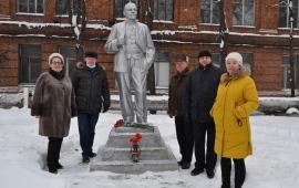 Призрак коммунизма бродит… по улицам города