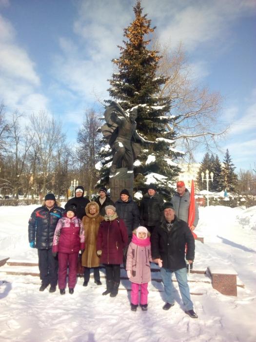 Коммунисты Ступино отметили 103-ю годовщину Советской Армии и Военно-Морского Флота