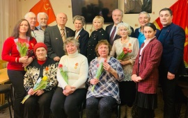 Королёвские коммунисты поздравили своих соратниц с Международным женским днем
