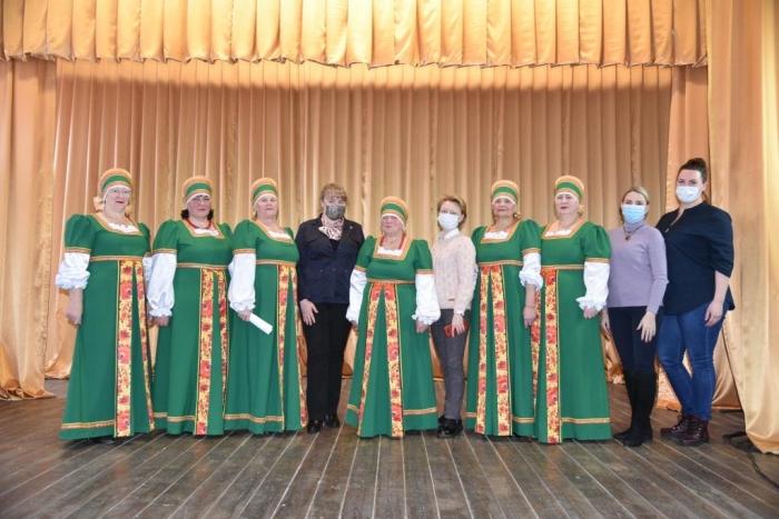 Для ансамбля «Гармония» из Кульпинского СДК приобретены новые костюмы