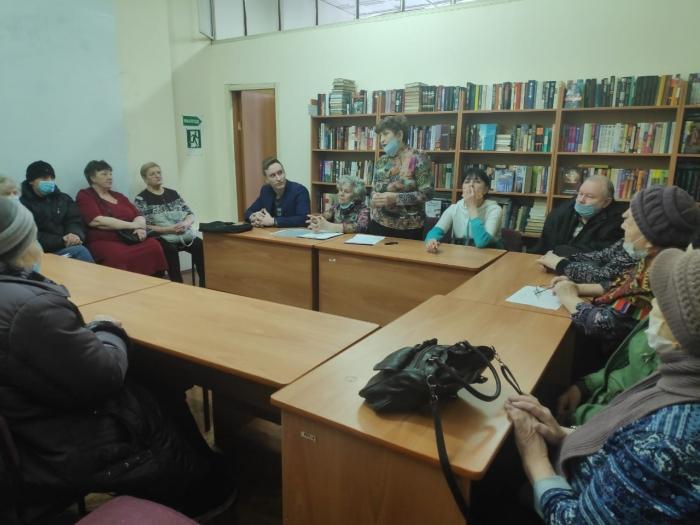 Красногорские коммунисты продолжают работать с местной организацией «Всероссийское общество инвалидов»