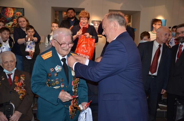 Лидер КПРФ Геннадий Зюганов посетил столицу мировой космонавтики - город Королёв