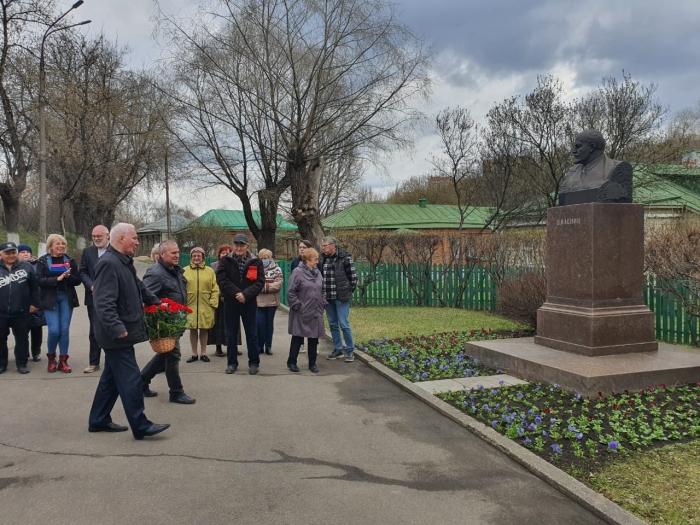 Подольские коммунисты почтили память о Ленине