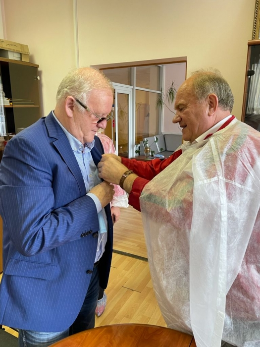 Делегация коммунистов, во главе с лидером КПРФ Г.А. Зюгановым, посетили в г.о. Фрязино предприятие ООО «Топ Визион»