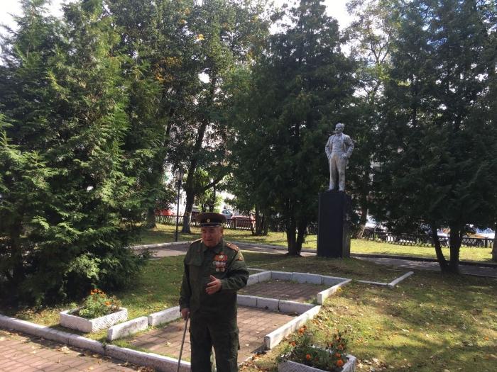В день города Чехов, коммунисты возложили цветы к памятнику В.И. Ленина