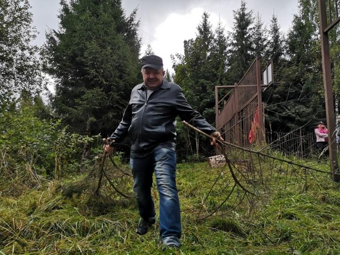 Субботник в Загорских Далях