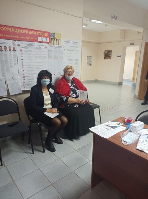 Кандидат в депутаты Мособлдумы Александр Наумов посетил избирательные участки