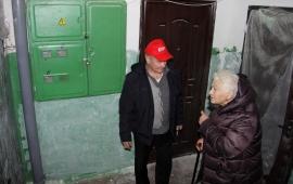 Депутаты избраны новые, проблемы у народа – старые