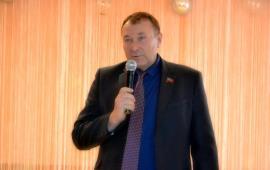 Депутат-коммунист Андрей Таранец поздравил  Емельяновскую среднюю школу с 30-ти летием